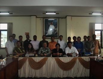 Kunjungi Kantor Moderamen GBKP, Kepala Staf Kepresidenan Apresiasi GBKP dalam Pelayanannya Kepada Korban Erupsi Sinabung.
