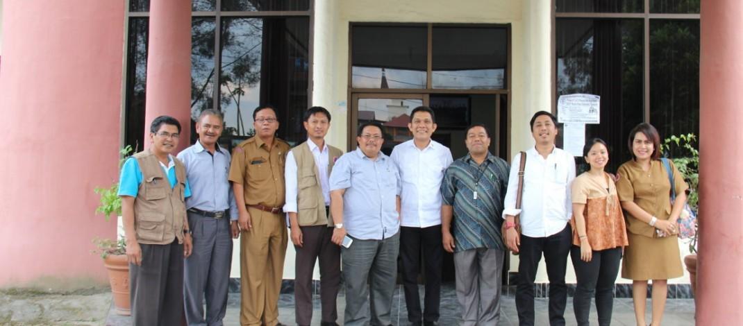 Kunjungi Kantor Moderamen, Utusan Kantor Staf Kepresidenan Bahas Percepatan Penanggulang Bencana Erupsi Sinabung