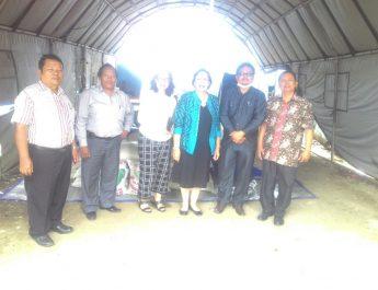 [Berita Foto] : Klasis Medan Kampung Lalang serahkan 2010 Kg Beras ke Posko Sinabung GBKP