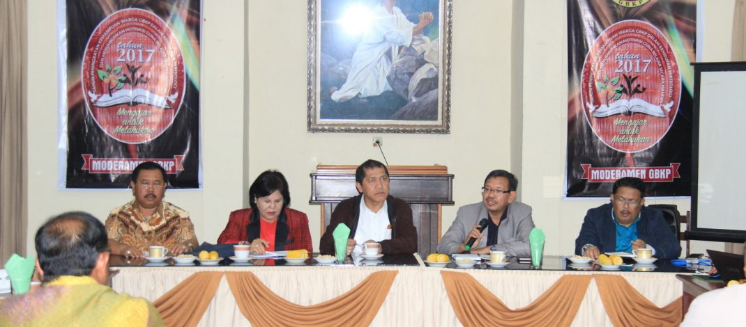 Bahas Pengungsi Sinabung dan Program Nasional Revolusi Mental, Bupati Karo  Kunjungi Kantor Moderamen GBKP.